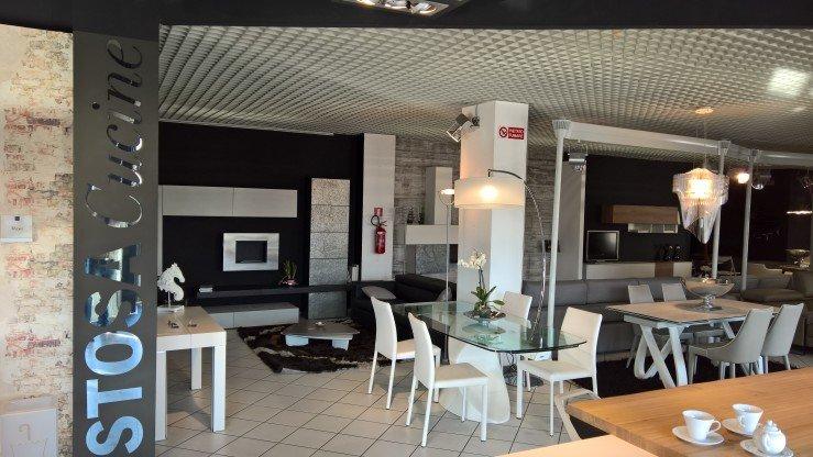 Foto dal mobilificio Sar Seveso di Limbiate (MB)