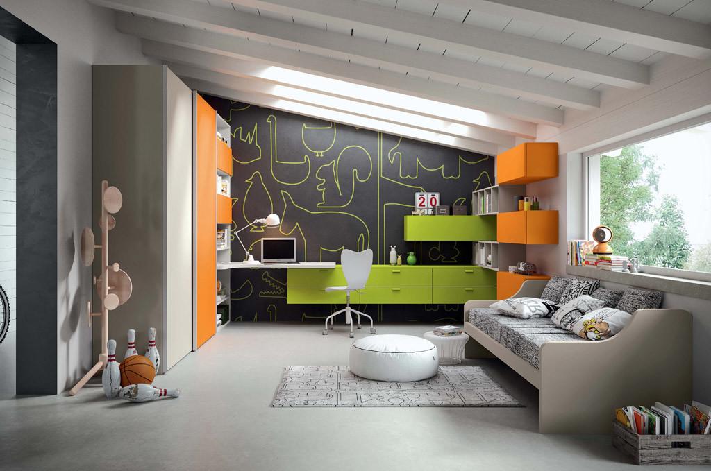 Cameretta colore verde e arancio
